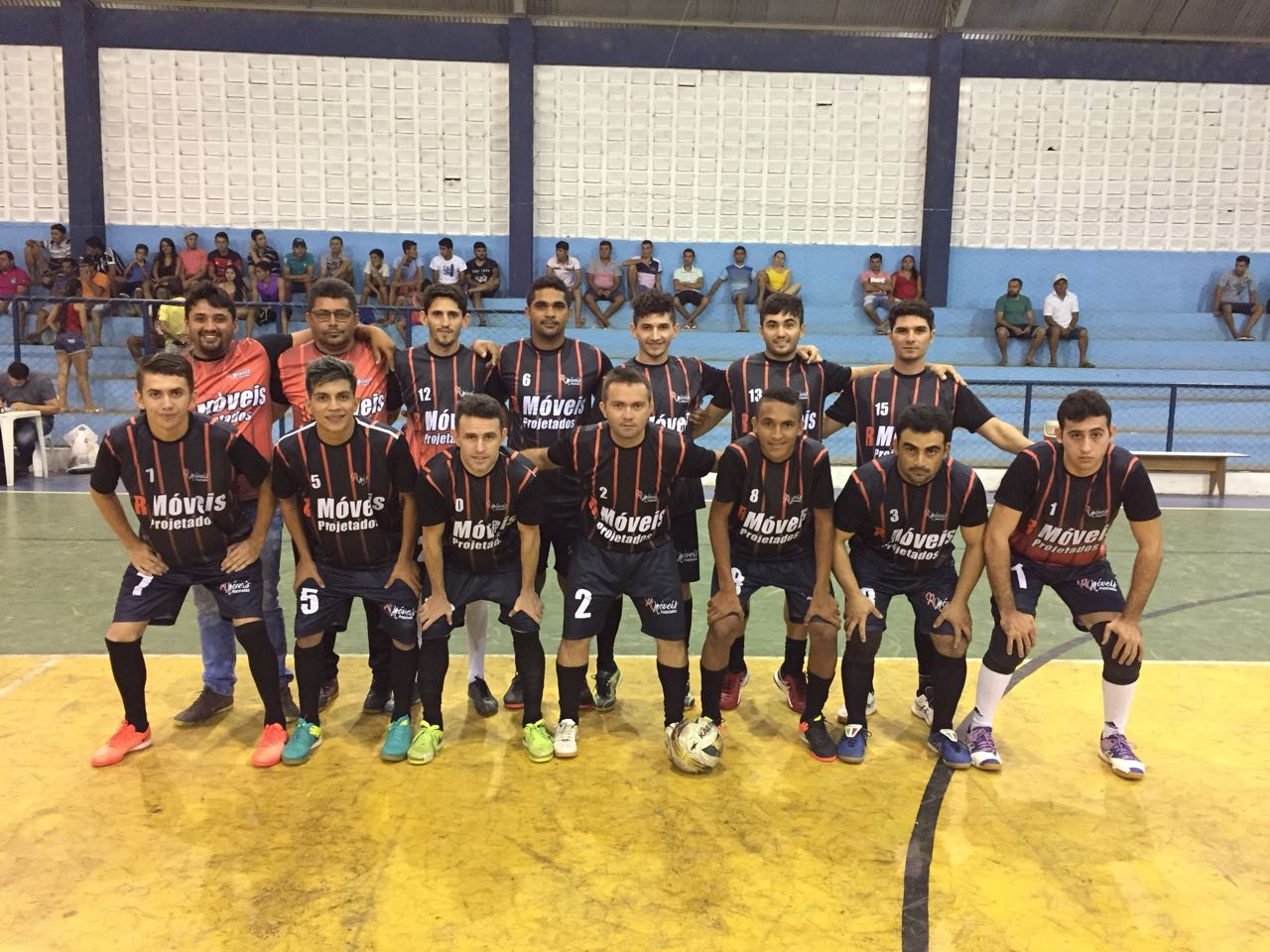 Rodada final da 1ª fase define últimos classificados e confrontos das quartas do Municipal de Futsal de Tabuleiro
